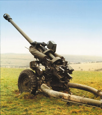 Armes made in Spain - Page 2 105mm_light_gun