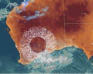 Huge ring appears over Australia, is HAARP involved? 2u3xlbc
