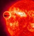 اكتشاف الماء على كوكب خارج نظامنا الشمسي Planet_star