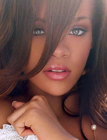 Showbiz gαme - Σελίδα 8 Rihanna-picture-5%5B1%5D