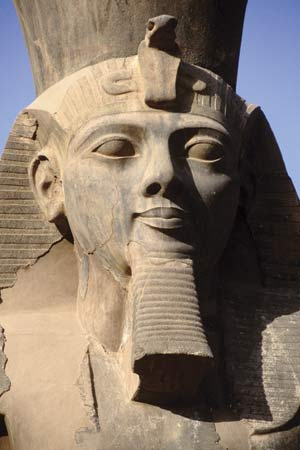 Giant Statue of Pharaoh Ramses II is Found in Cairo - One of The Most Important Discoveries Ever Eg_ramses_II_luxor