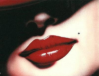 ஹைக்கூ கவிதைகள் Lips