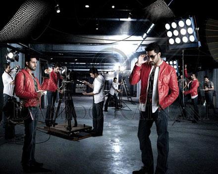 Abhishek Bachchan Dabboo_ratnani_2011_10