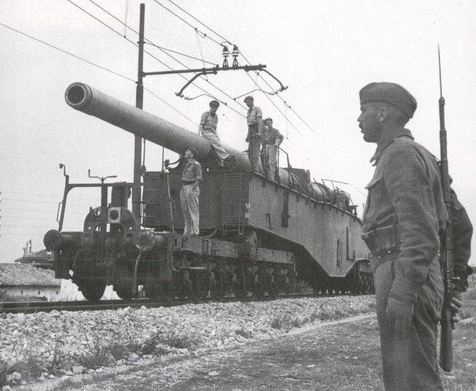 Topčina na RI kolodvoru (1945.) K5%2Bcapturado%2Bbritanicos%2BHASM