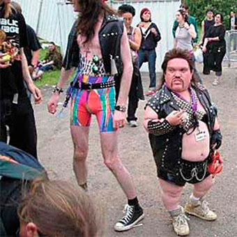 Metaleros Cachondos  Hard-core-heavy-metal-midget