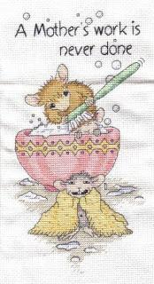 Nouveaux kits mis en ligne  House-Mouse_A_Mothers_Work_122907