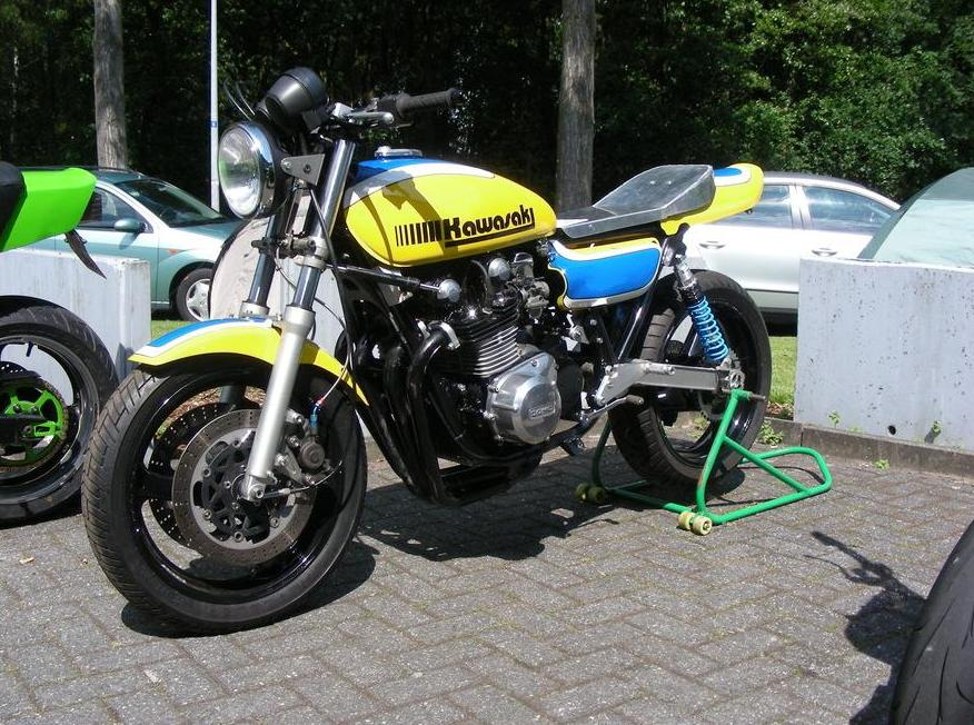 Racer, Oldies, naked ... TOPIC n°2 Yellow%2Bkawi