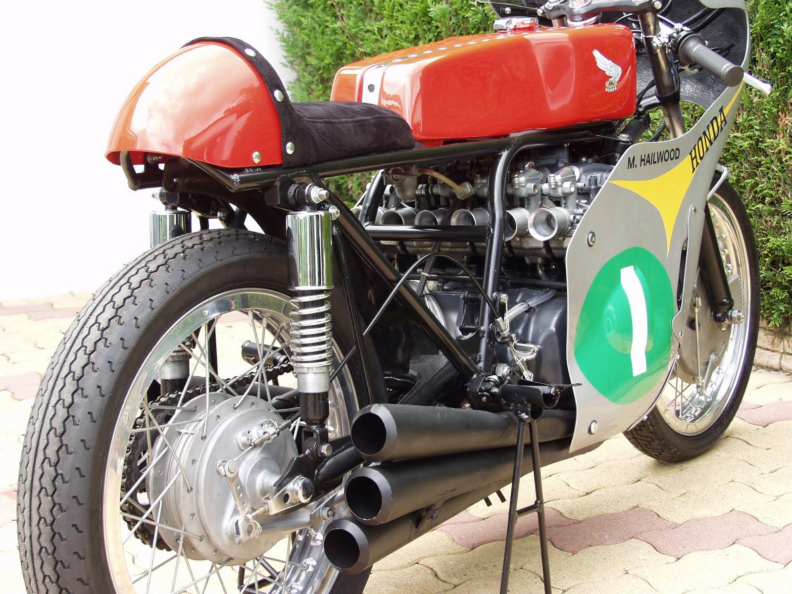 Réplique de Honda RC 166 P1030069