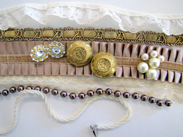 Браслет-манжета из ткани, лент и кружев IMG_8344
