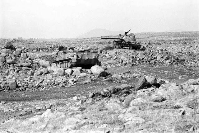 صور معركة وادي الدموع على الجبهة السورية عام 73  95