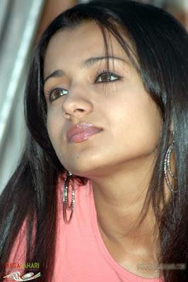 Trisha Krishnan RVlhAUQI