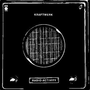 O que andam a ouvir????? - Página 20 Kraftwerk_Radio_Activity_album_cover