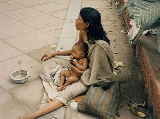 குப்பை மேட்டை கோபுரமாக்கும் மூலிகை 20080707-beggar