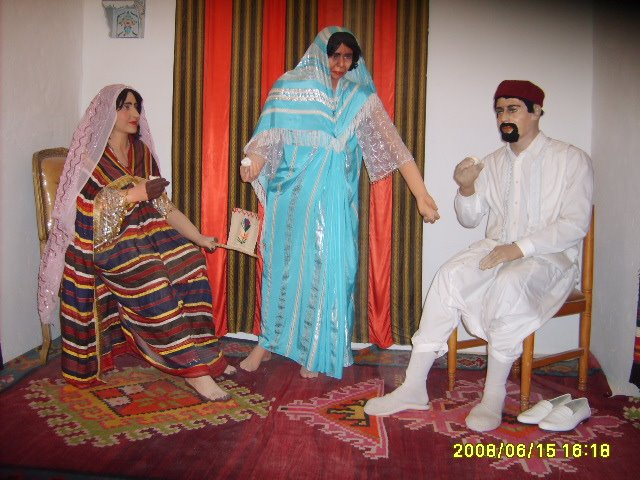 عادات تونس التقليدية من متحف جربة S5003136
