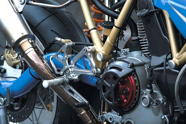 Ducati Deux soupapes - Page 4 Detail05_b