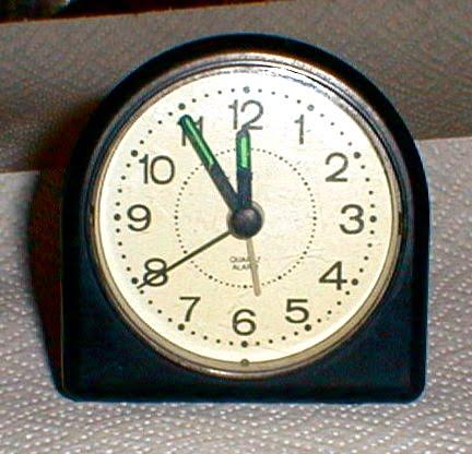 Cieľ na zajtra - Stránka 5 Analog_clock_at_11_55
