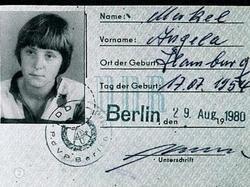 Presidentes de hoy, Comunistas del Ayer (Angela Merkel) Merkel%2520ddr-thumb-250x187-14129