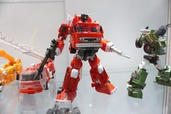 [Maketoys] Produit Tiers - MTRM-03 Hellfire (aka Inferno) et MTRM-05 Wrestle (aka Grapple/Grappin) 4rwjy47g