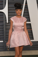 """Selita Ebanks """"2015 Vanity Fair Oscar Party hosted by Graydon Carter at Wallis Annenberg Center for the Performing Arts in Beverly Hills"""" (22.02.2015) 20x BtPMi5ck"""