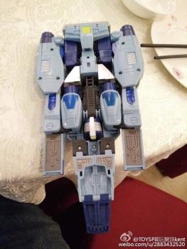 [Unique Toys] Produit Tiers - Jouet Y-02 Buzzing - aka Blurr/Brouillo NAT34DS4