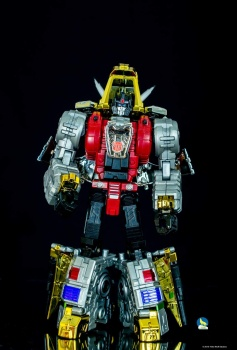 [Toyworld][Zeta Toys] Produit Tiers - Jouet TW-D aka Combiner Dinobots - Page 3 Qga8HYoM
