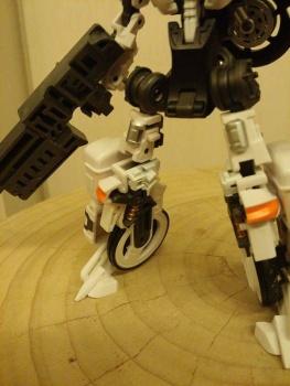 [MakeToys] Produit Tiers - Jouet MTCM-04 Guardia (aka Protectobots - Defensor/Defenso) - Page 2 QvSSI7wM