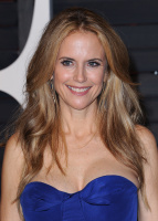 """Kelly Preston """"2015 Vanity Fair Oscar Party hosted by Graydon Carter at Wallis Annenberg Center for the Performing Arts in Beverly Hills"""" (22.02.2015) 46x  T5s86sSO"""