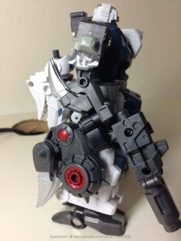 [FansProject] Produit Tiers - Jouet Saurus Ryu-oh aka Dinoking (Victory) | Monstructor (USA) - Page 2 NLuovYNn