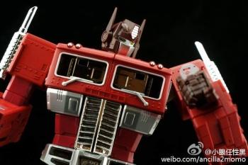 [Masterpiece] MP-10B   MP-10A   MP-10R   MP-10SG   MP-10K   MP-711   MP-10G   MP-10 ASL ― Convoy (Optimus Prime/Optimus Primus) - Page 4 PkBz3Quq