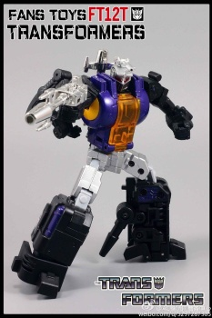[Fanstoys] Produit Tiers - Jouet FT-12 Grenadier / FT-13 Mercenary / FT-14 Forager - aka Insecticons - Page 2 PvYTdzAm