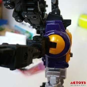 [Fanstoys] Produit Tiers - Jouet FT-12 Grenadier / FT-13 Mercenary / FT-14 Forager - aka Insecticons - Page 2 QizPJmAA
