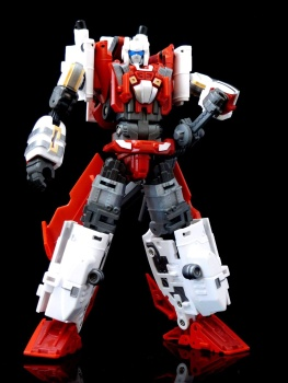 [MakeToys] Produit Tiers - Jouet MTCM-04 Guardia (aka Protectobots - Defensor/Defenso) - Page 3 Qpgvkxxs