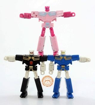 [KFC Toys] Produit Tiers - Jouet Transistor (aka Blaster/Tempo) + DoubleDeck (Twincast) + Fader (aka Eject/Éjecteur) + Rover (aka Autoscout) - Page 2 Wgj7p6Vx