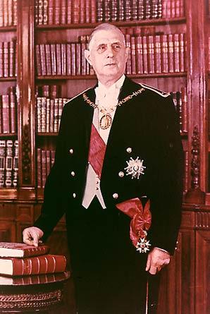 [Ficha] Charles de Gaulle 1890-1970 De_gaullle_collier1