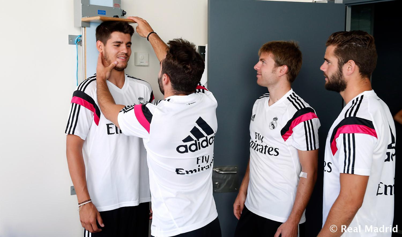 ¿Cuánto mide Álvaro Morata? - Altura - Real height Fghjdgjgfbnghydf