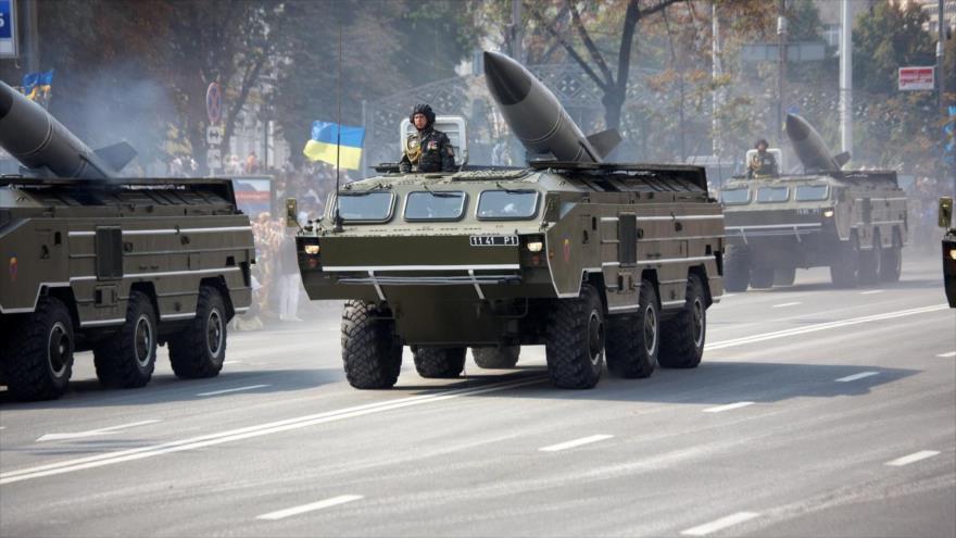 Ucrania destituye al presidente Yanukovich. Rusia anexa la Peninsula de Crimea, separatistas armados atacan en el Este. - Página 30 01372727_xl