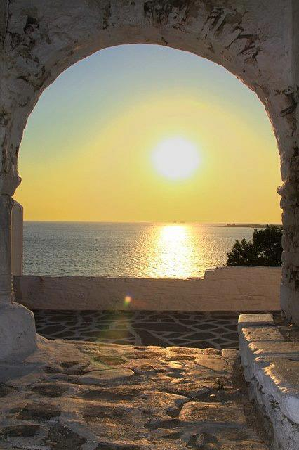 bluepueblo: Sunset Portal, Paros, Greece photo via thomas