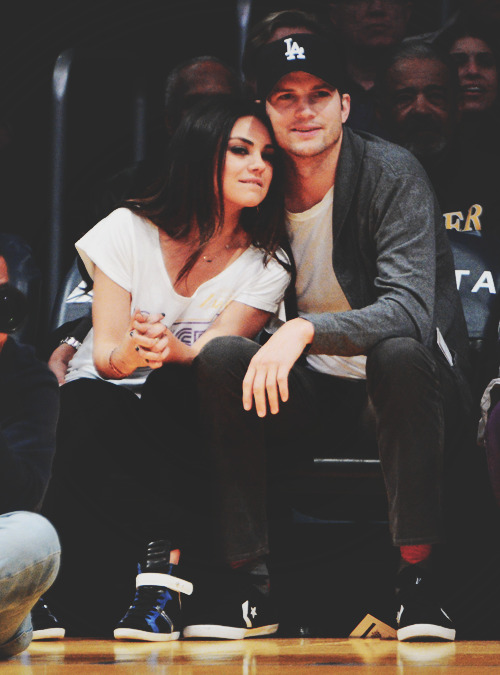Mila Kunis and Ashton Kutcher. - Page 2 Tumblr_mic4v4dHr91qa3aiko1_500
