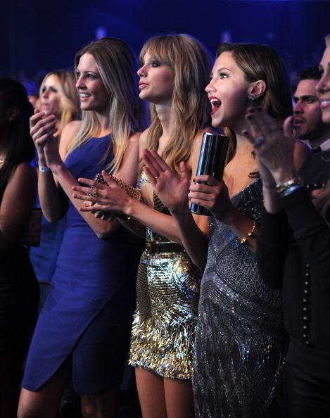 Premios y Nominaciones [Grammys: Primer mujer en la historia con 2 Album of The Year] - Página 17 Tumblr_mwsst7Ndm11s215hao1_500