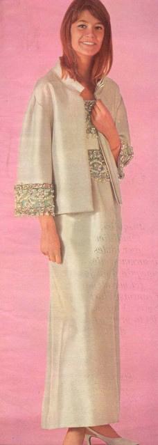 Les tenues étonnantes de Françoise Hardy - Page 2 Tumblr_mfggr2z0PG1raxbbko1_500
