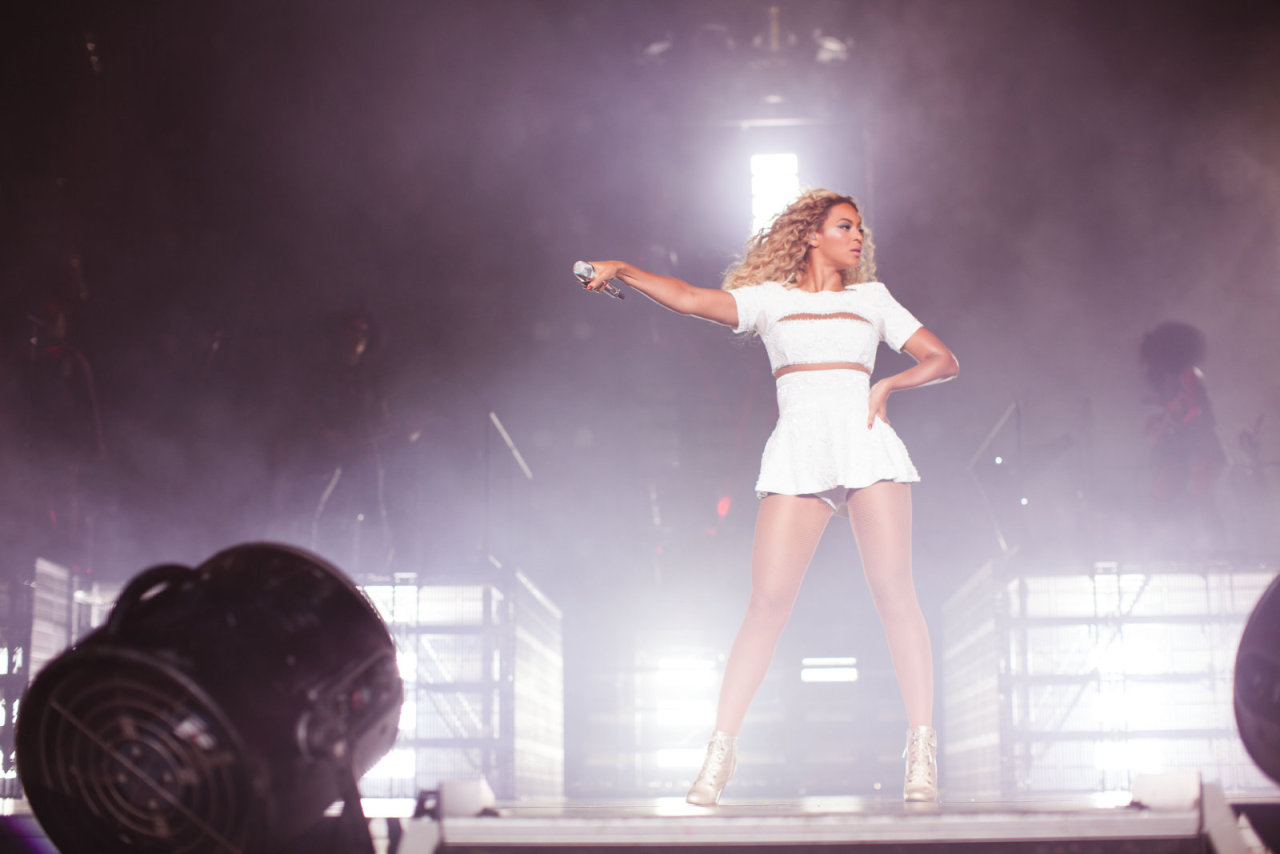 "Beyoncé > ""The Mrs. Carter Show"" World Tour [V] $189 MILLION. BIGGEST FEMALE TOUR OF THE YEAR! Tumblr_mtvdlr8lYJ1rqgjz2o1_1280"