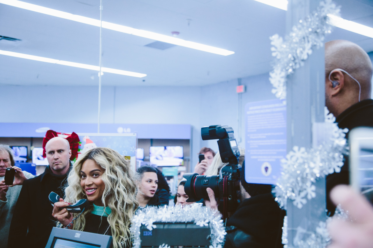 Beyoncé - Twitter (@Beyonce), Instagram (Baddiebey), Tumblr (I Am...) - Página 50 Tumblr_my4xr3sEcq1rqgjz2o1_1280