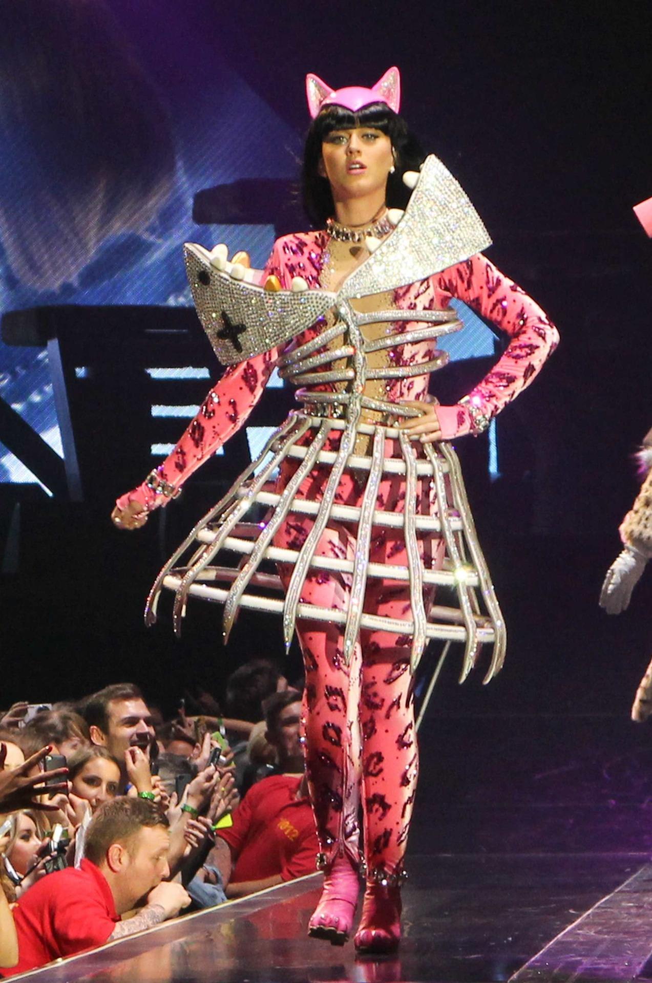 Katy Perry >> The Prismatic World Tour Tumblr_n58y1pycJY1qc70kwo5_1280