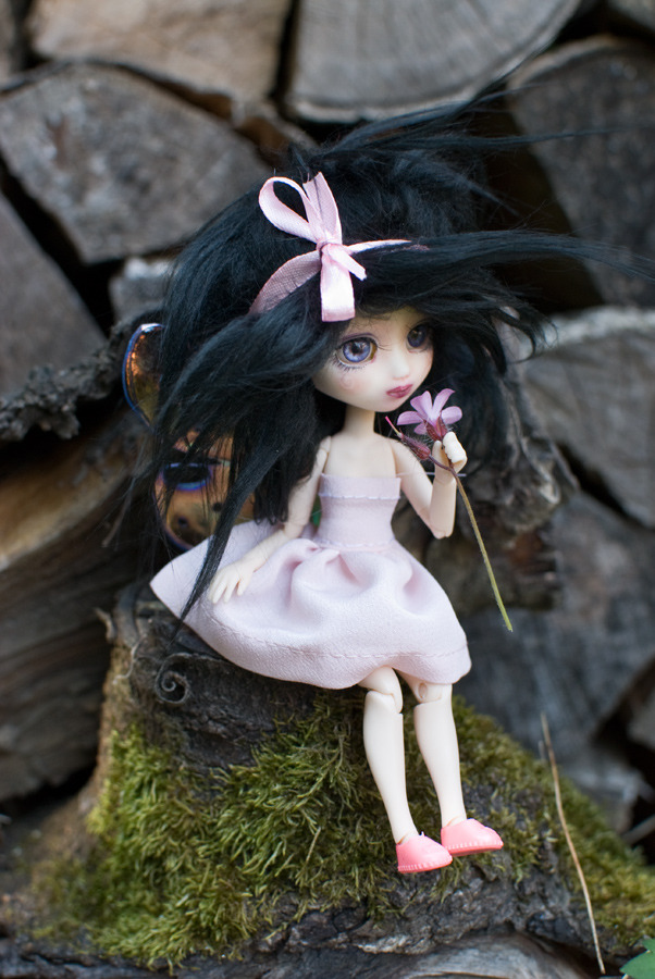 P7 hybride little pullip sur picco neemo Lilah - Page 7 Tumblr_n5typlqu041sbc66to2_1280