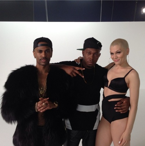 Single >> Wild (feat. Big Sean y Dizze Rascal) [Videoclip Pág. 6] - Página 2 Tumblr_mm17o2WJ7S1r3ro7ho1_500