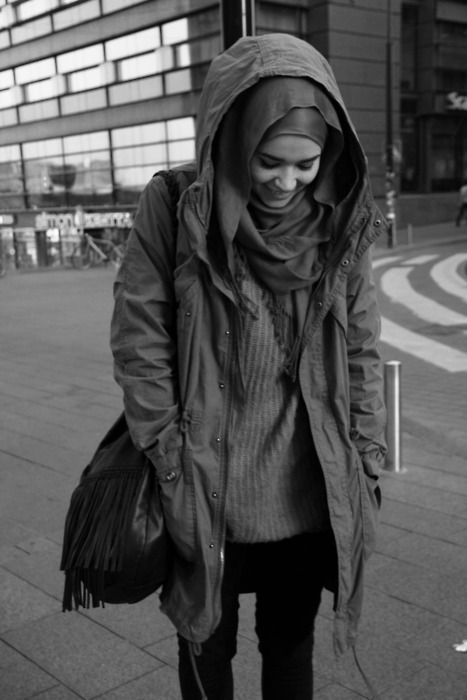 اسباب تجعل الابتسامة لا تفارق وجه الفتاة المراهقة  Tumblr_mgjhn8FBAi1s35xteo1_500