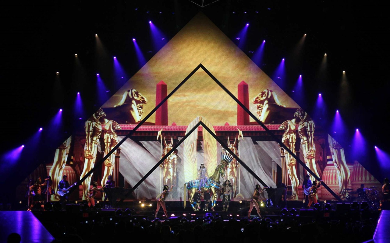 Katy Perry >> The Prismatic World Tour Tumblr_n58y1pycJY1qc70kwo2_1280