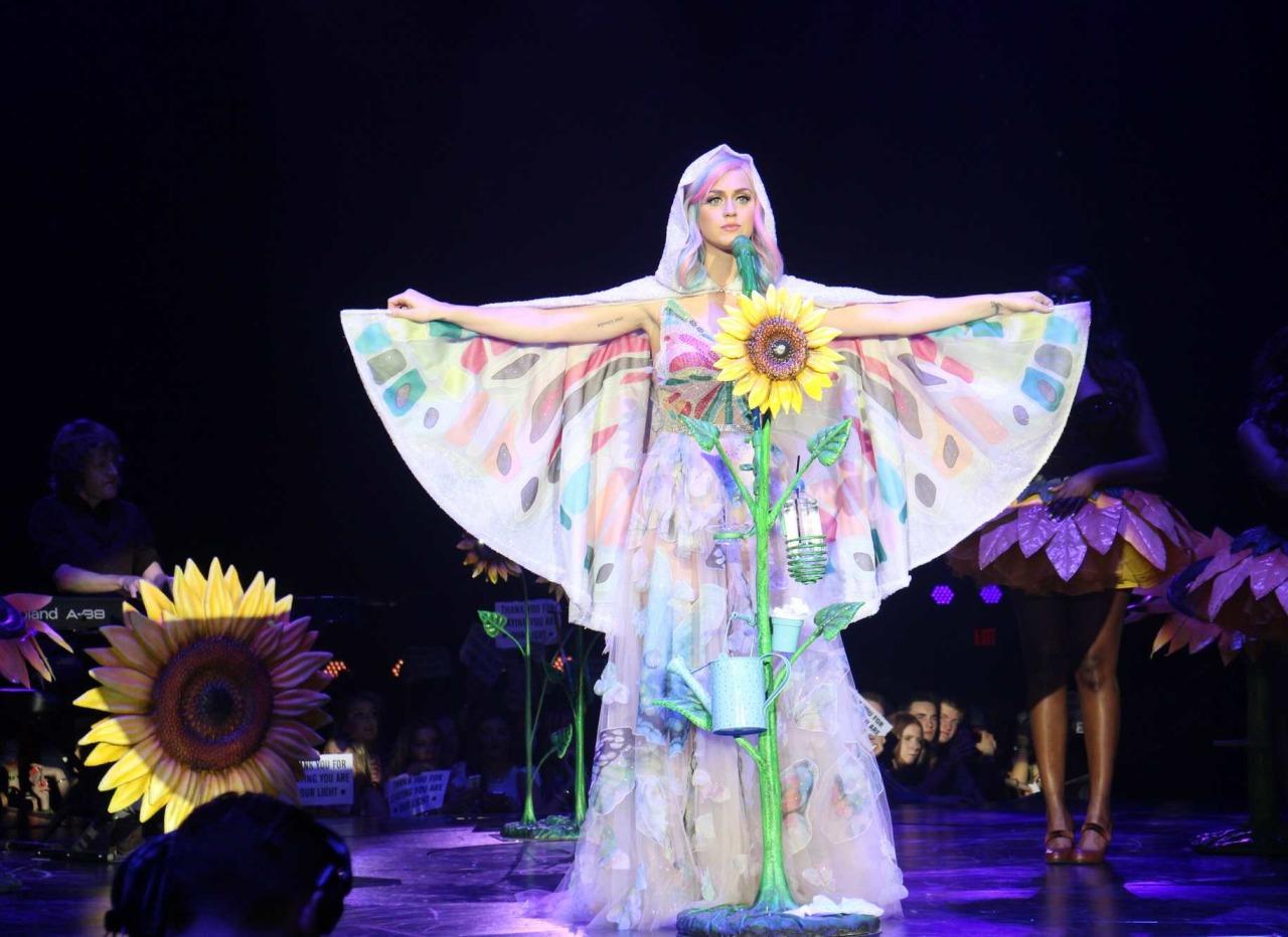 Katy Perry >> The Prismatic World Tour Tumblr_n58y8vEPcx1qc70kwo2_r1_1280