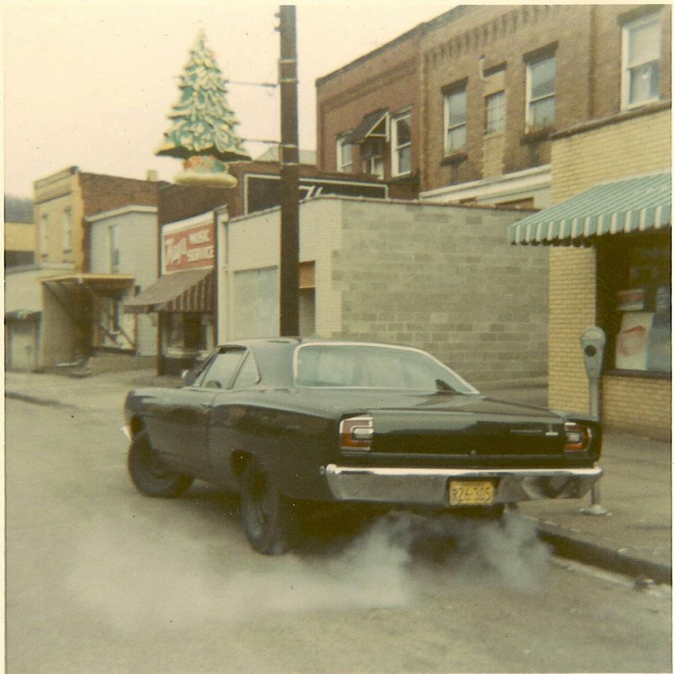 60'-70' Mopar Street Machines Tumblr_mt6b0jIFVO1s3pgtho1_1280