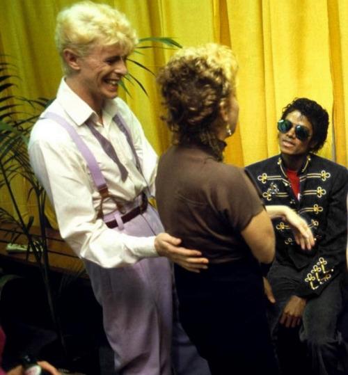 Michael Jackson Com Famosos Tumblr_mr8flpQ9VO1rihagjo1_500